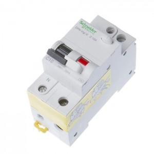 Schneider ACTI9 srovės nuotėkio jungiklis + automatas C10